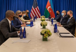 Azerbaijani FM meets with US Under Secretary of State for Political Affairs (PHOTO)